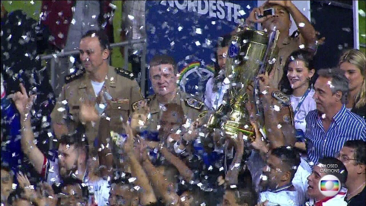 Santa Cruz segura o empate e é campeão do Pernambucano 2016
