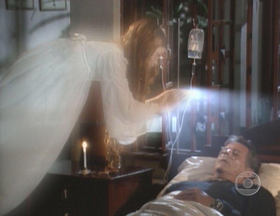 Começar de Novo: Aninha revela ser um anjo