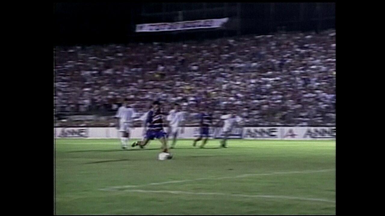 Em 2001, Fortaleza vence o Internacional por 1 a 0 pela Copa do Brasil