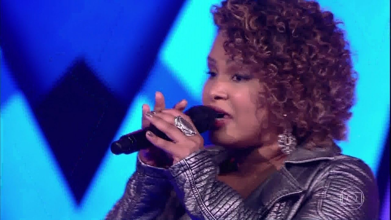 Fabiane Alcântara canta 'Não Quero Mais'