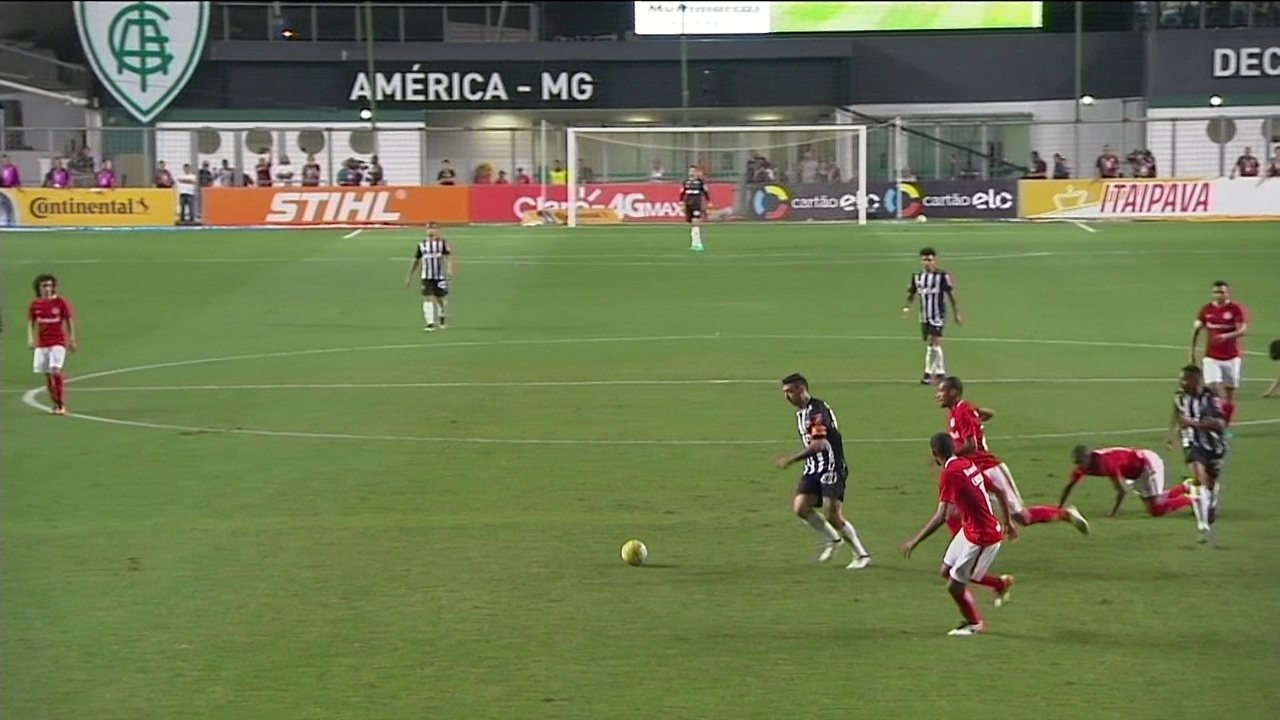 Melhores momentos: Atlético-MG 2 x 2 Internacional pela semifinal da Copa do Brasil