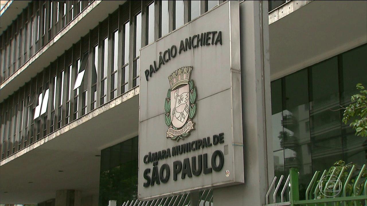 Salários da Câmara: SPTV mostra que tem barbeiro e chaveiro ganhando mais de R$ 10 mil