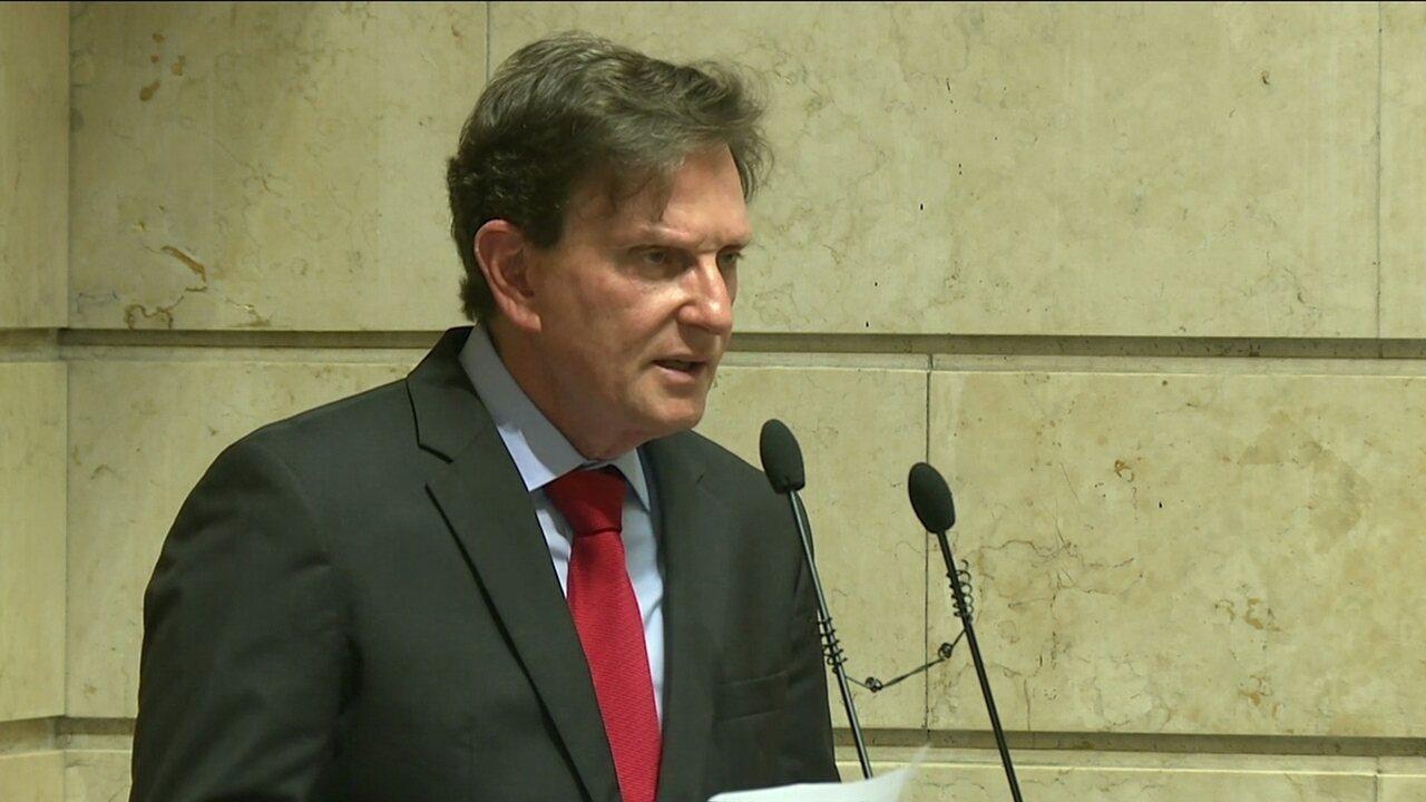 Marcelo Crivella faz discurso de posse após assumir Prefeitura do Rio