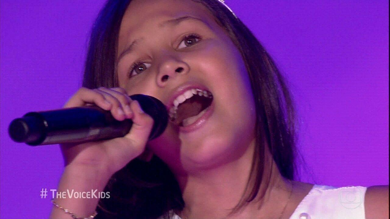Hadassa Priscila canta 'Era Uma Vez'