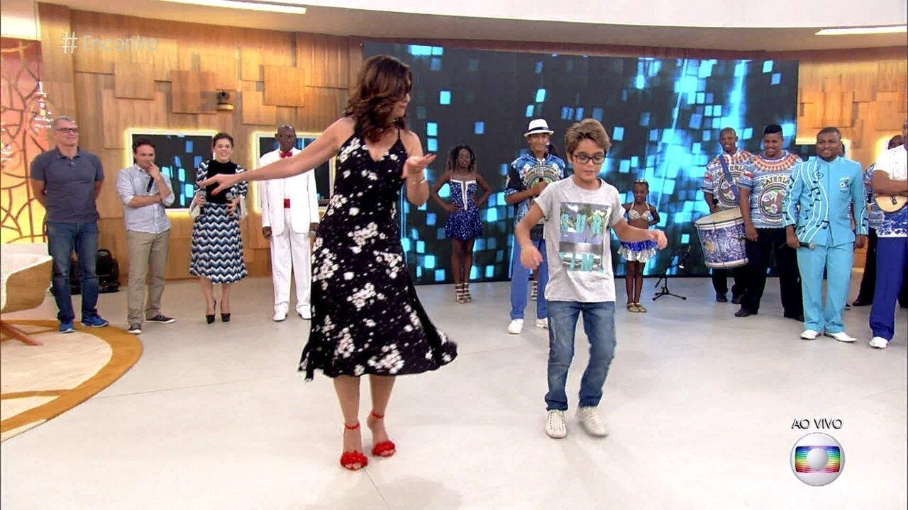 Fátima Bernardes vira parceira de Xande Valois na dança