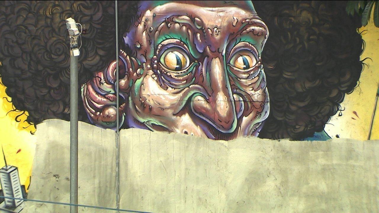 Prefeitura apaga grafites em muro na Avenida 23 de Maio e causa polêmica em São Paulo