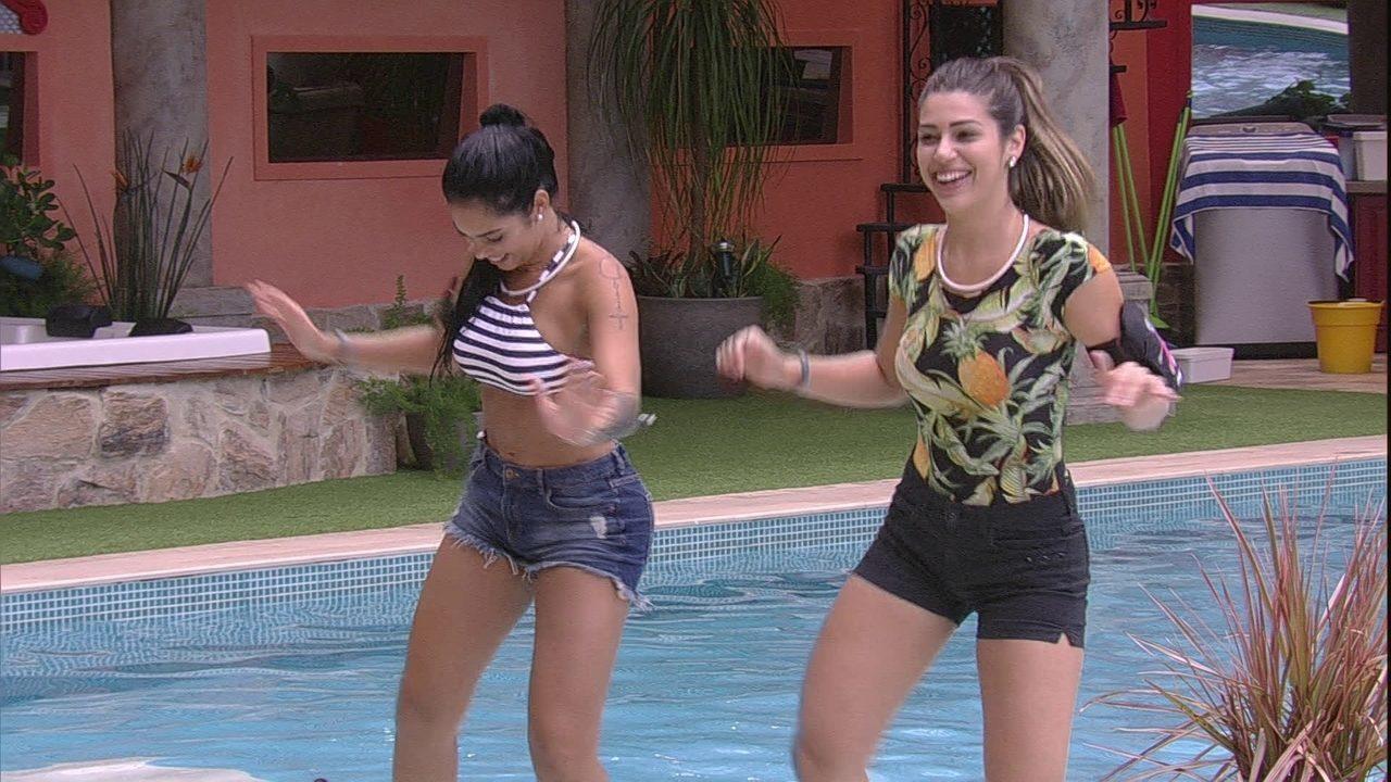 Mayara e Vivian adoravam dançar funk juntas