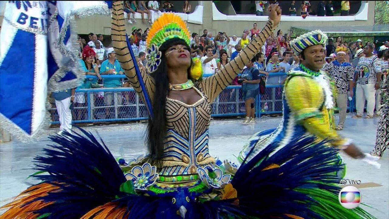 Claudinho e Selminha são o primeiro casal de mestre-sala e porta-bandeira da Beija-Flor