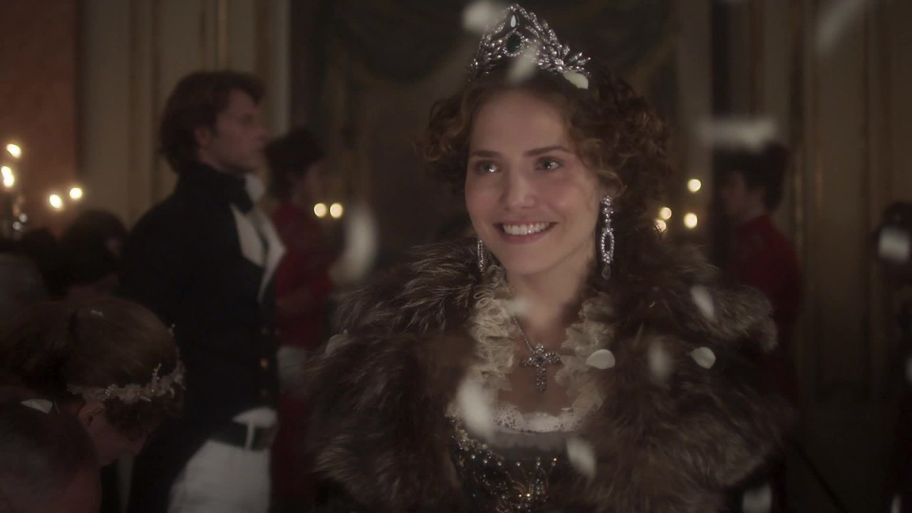 Repare a trilha sonora do clipe conforme a aparição dos personagens
