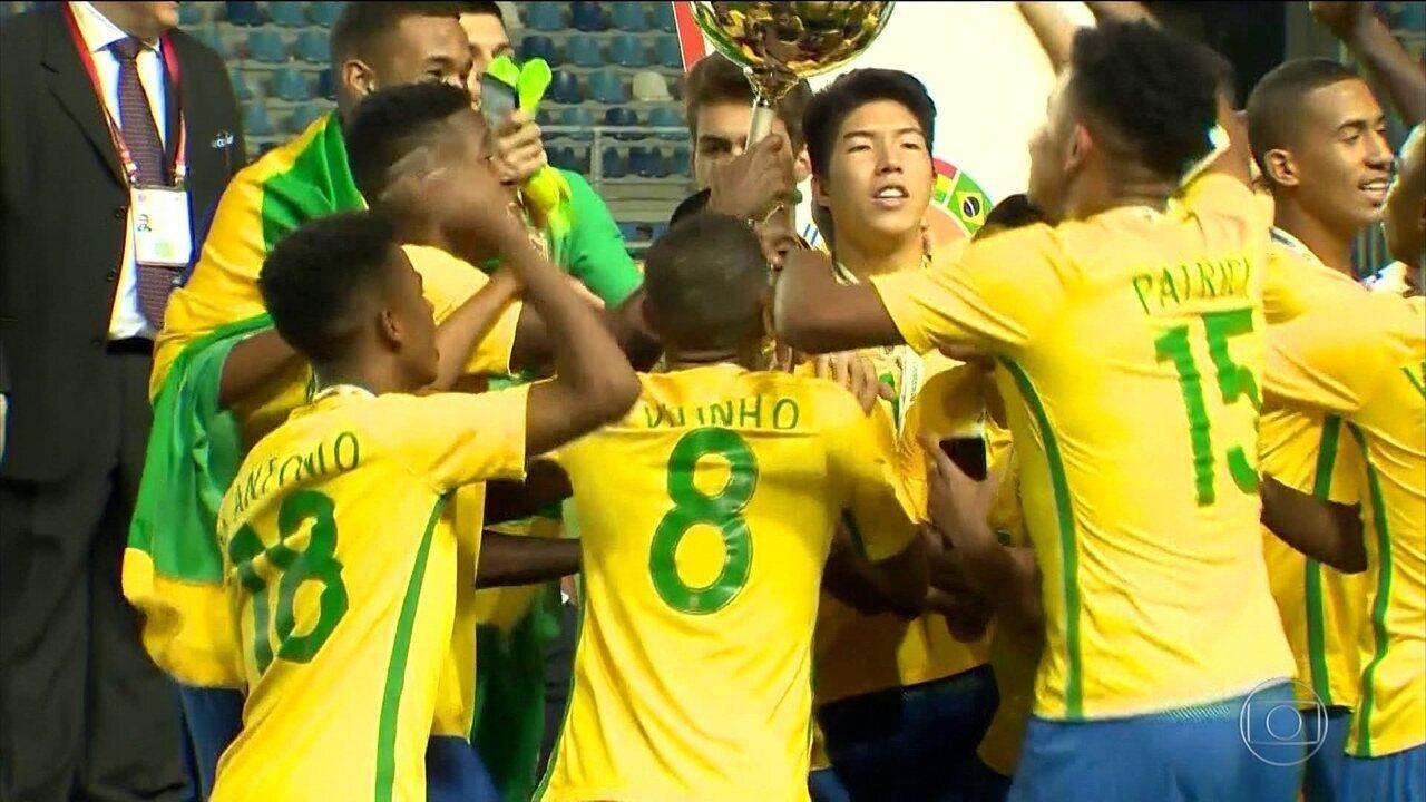 Brasil goleia o Chile e é campeão do Sul-Americano Sub-17