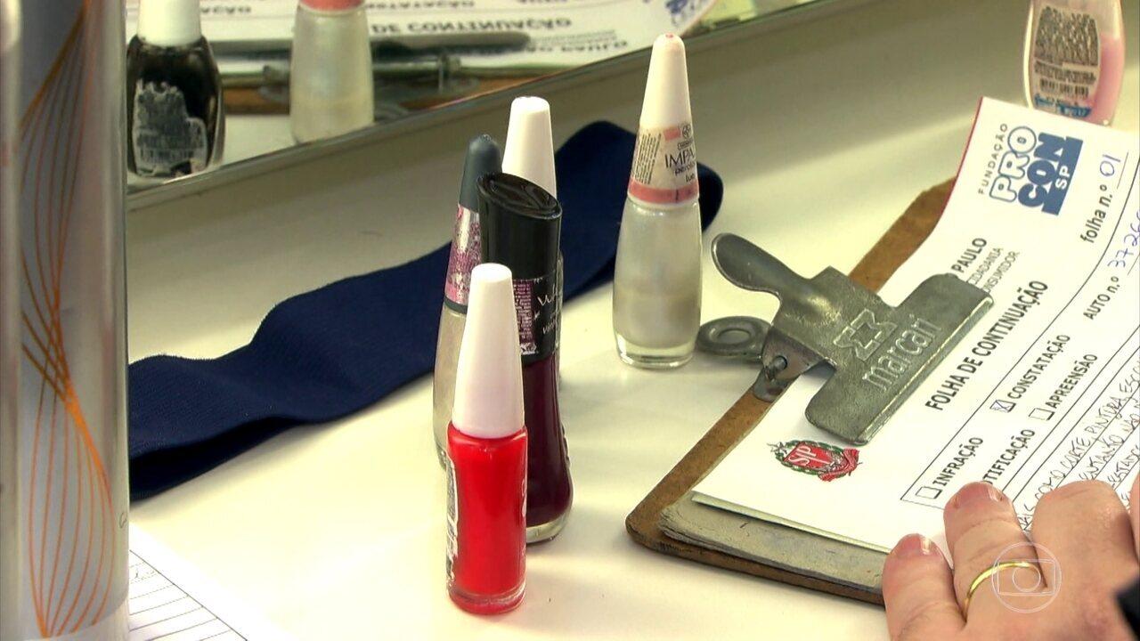 Blitz encontra produtos com prazo de validade vencido em salões de beleza de SP