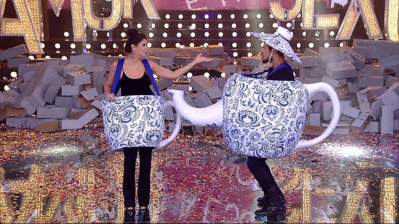 José Loreto e Mariana Santos participam da Hora do Chá