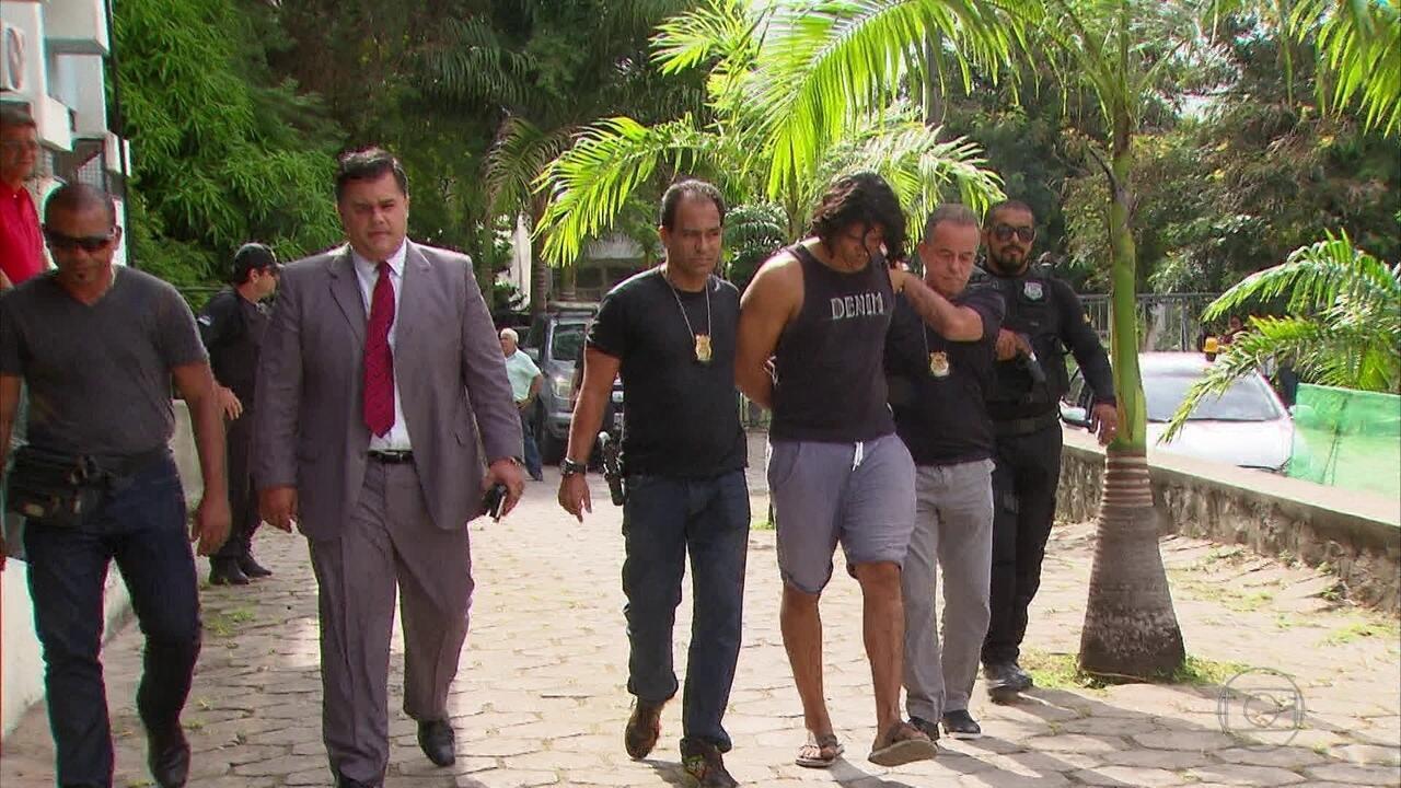 Vizinho acusado de assassinar fisioterapeuta é levado para o Cotel