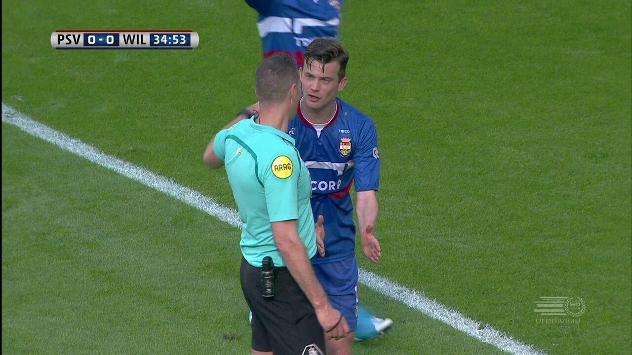 Em goleada do PSV, arbitragem não dá gol legítimo do Willem II