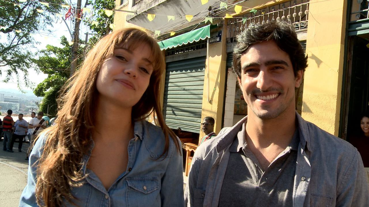 Sophie Charlotte e Renato Góes comentam cena do primeiro encontro de Alice e Renato
