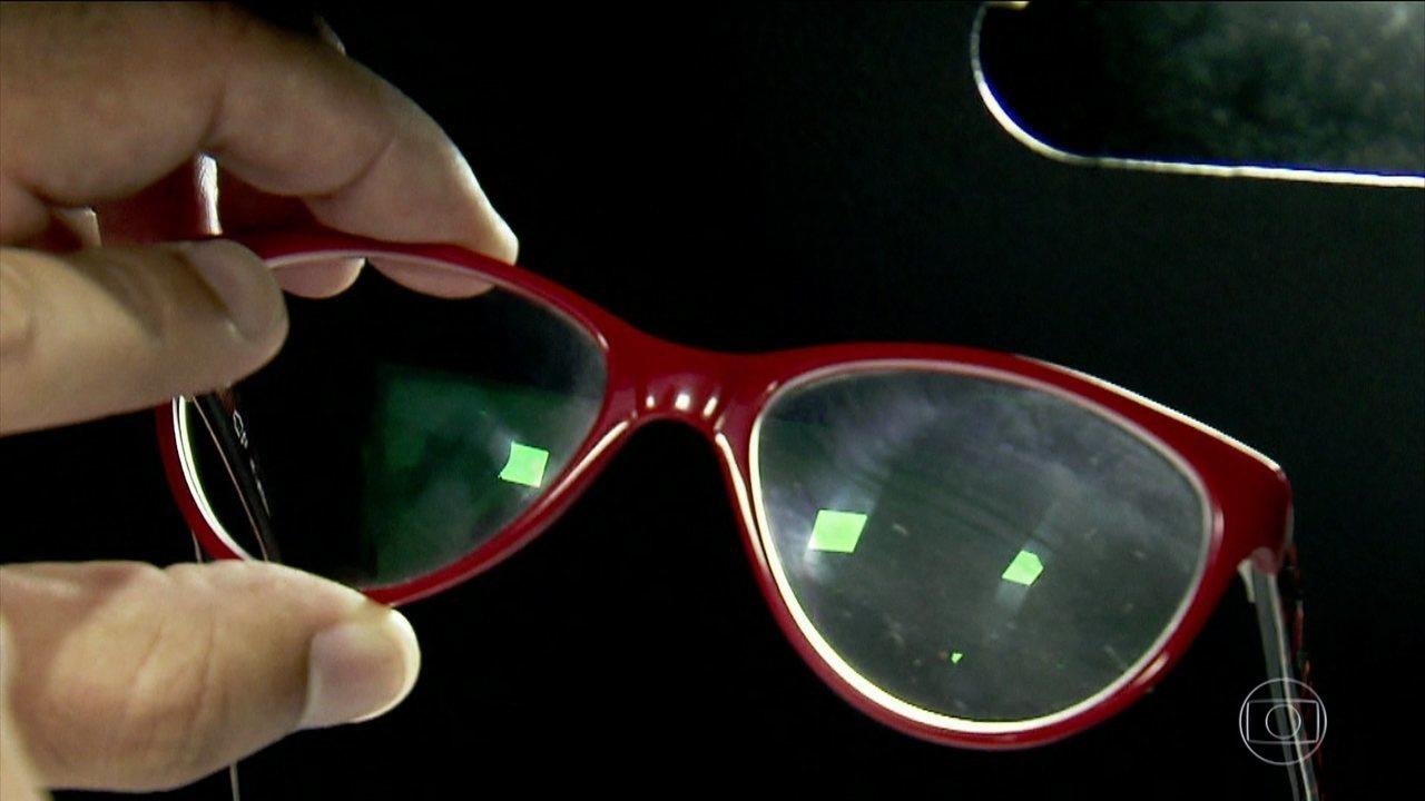 8d8b3b0622790 Bem Estar   Veja erros na hora de limpar as lentes dos óculos   Globoplay