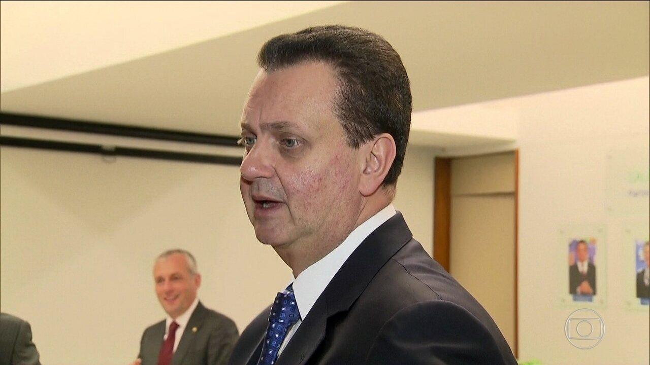 Kassab vai ser investigado por receber vantagens como prefeito e ministro
