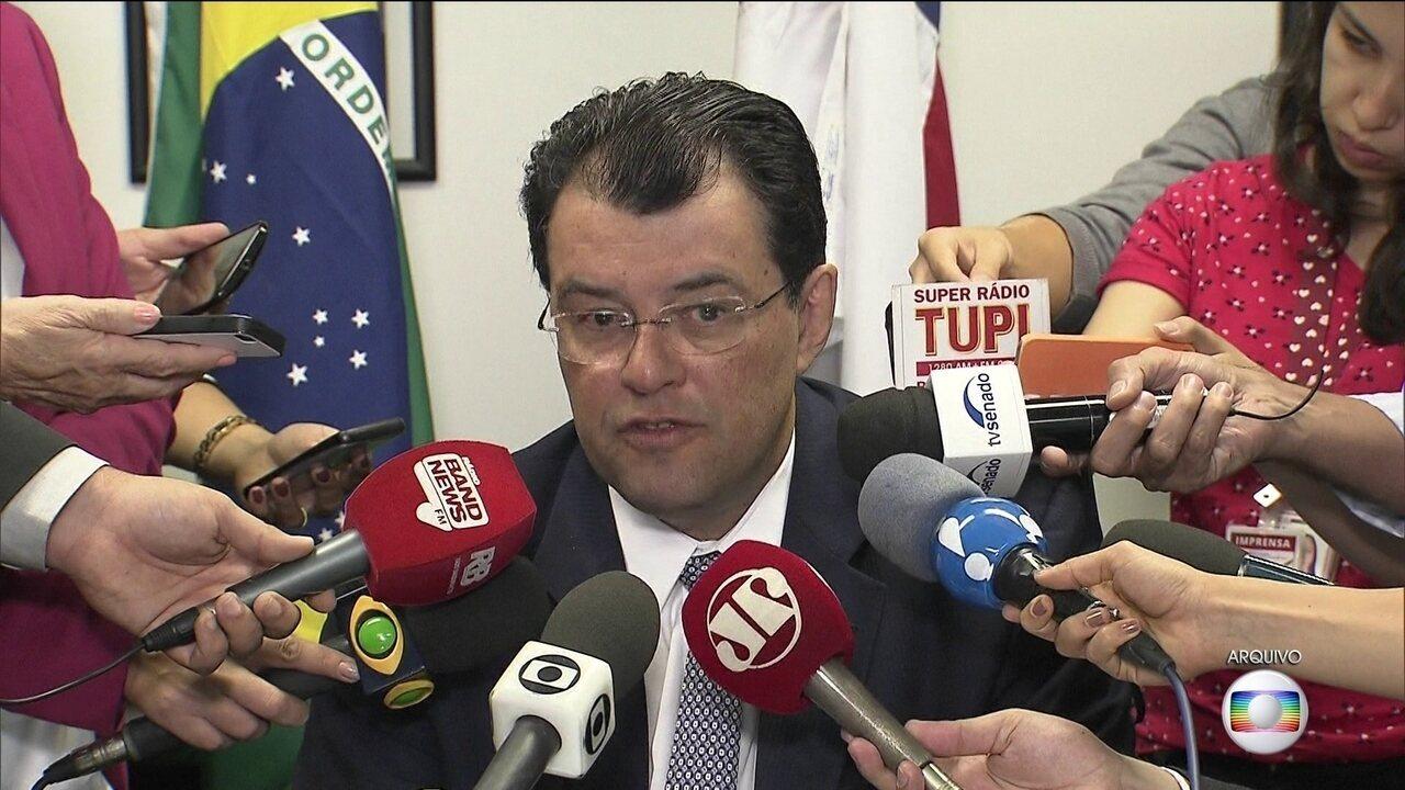 Eduardo Braga é investigado por corrupção, lavagem de dinheiro e advocacia administrativa