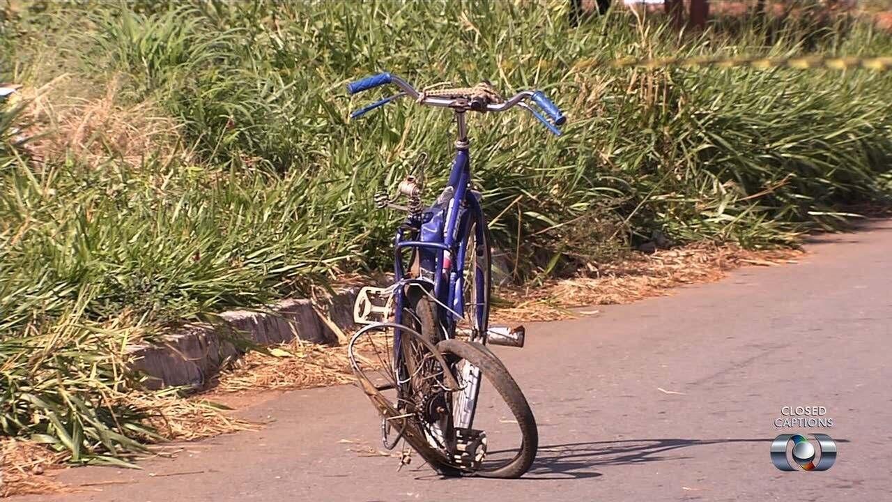 Ciclista morre atropelado por carro em Goiânia