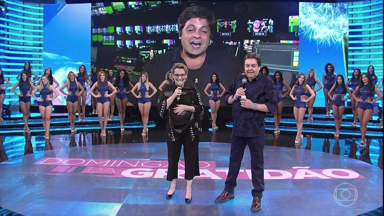 Ana Beatriz Nogueira faz homenagem ao diretor Pedro Vasconcellos
