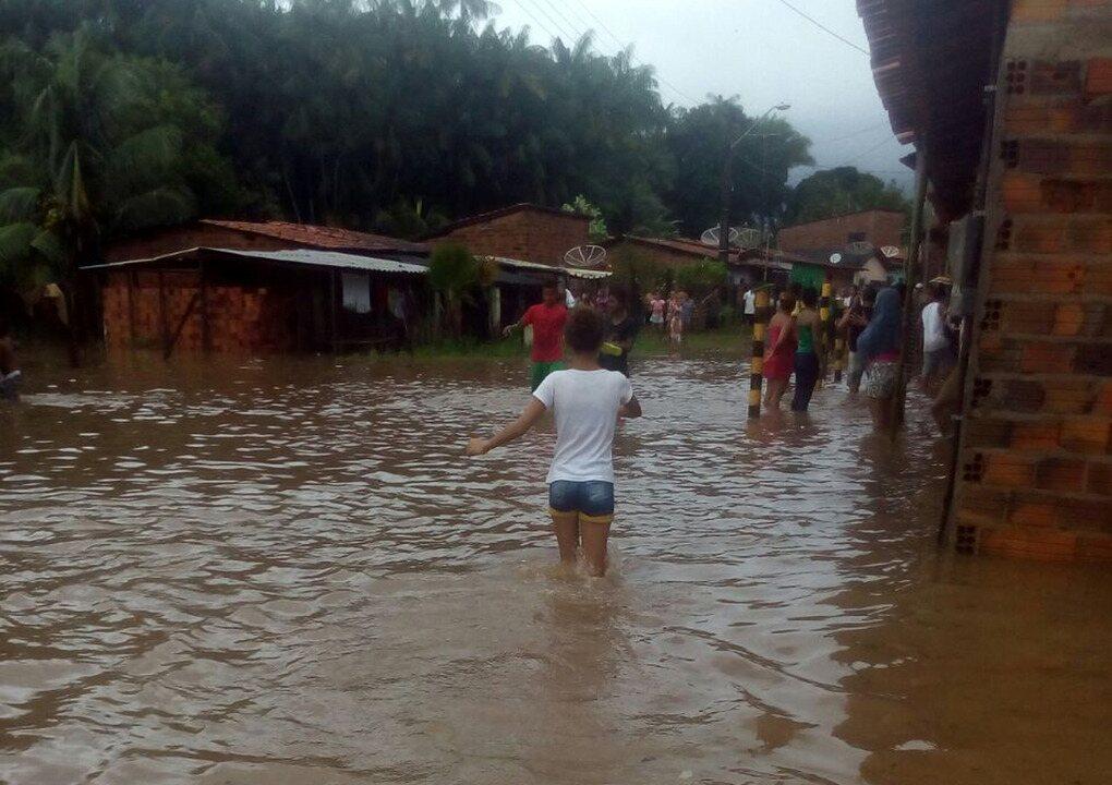 Após alagamento, população ainda contabiliza prejuízos no Maranhão