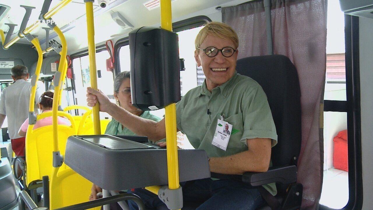 Parte 1: Zezinho Corrêa vira cobrador de ônibus por um dia