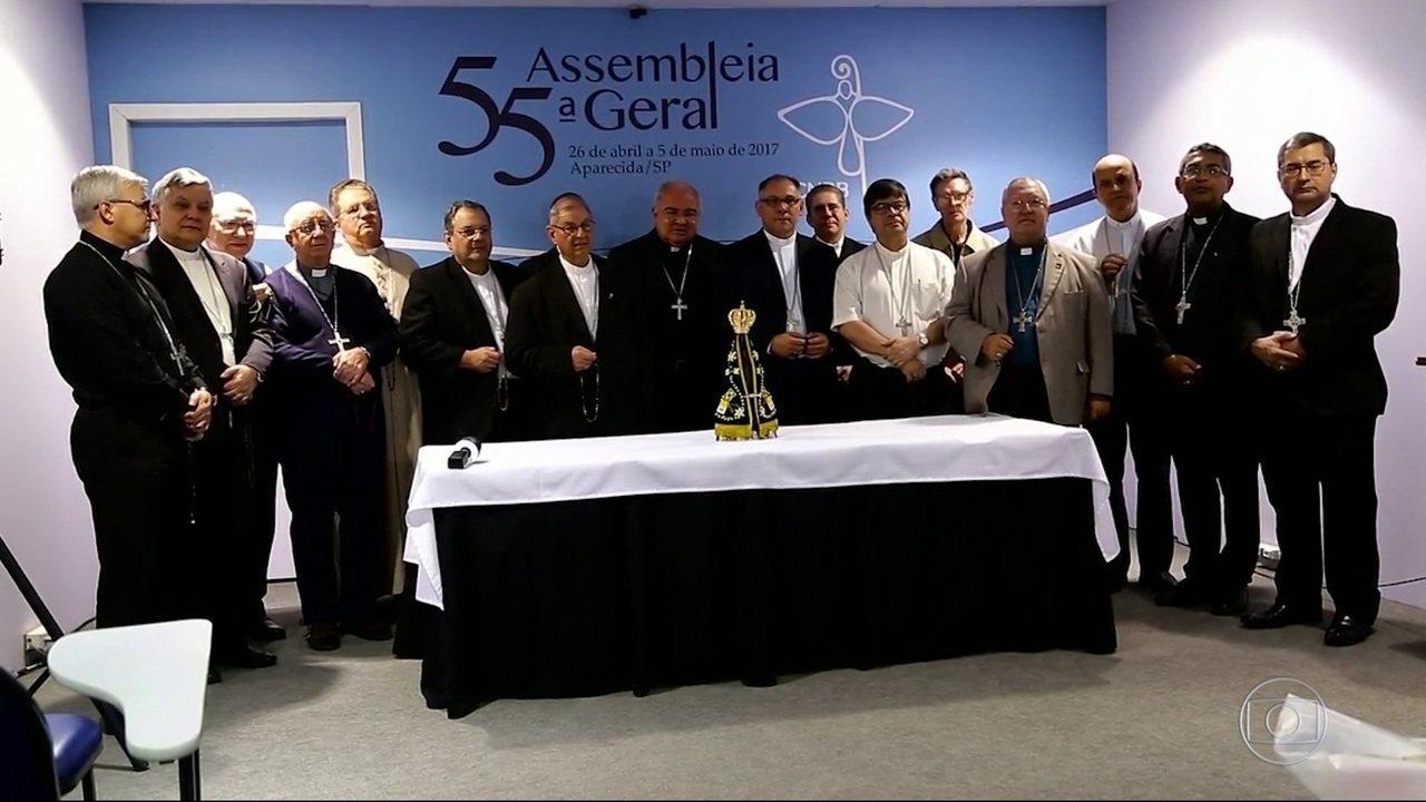 Bispos fazem oração por paz no RJ em assembleia da CNBB