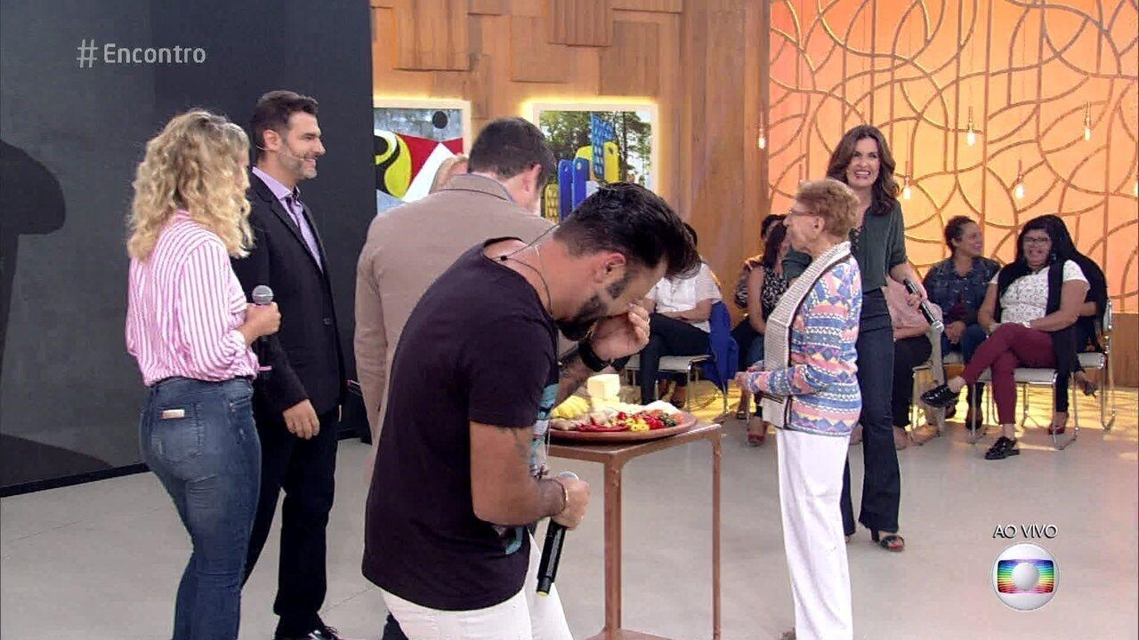 Marcos assusta plateia ao anunciar Rodrigo Lombardi no 'Encontro'