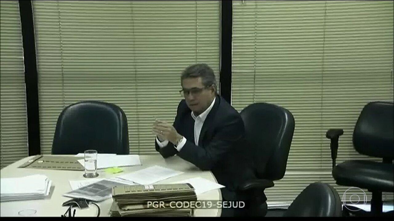 PT teria usado dinheiro da JBS para comprar apoio de senadores do PMDB na eleição de 2014