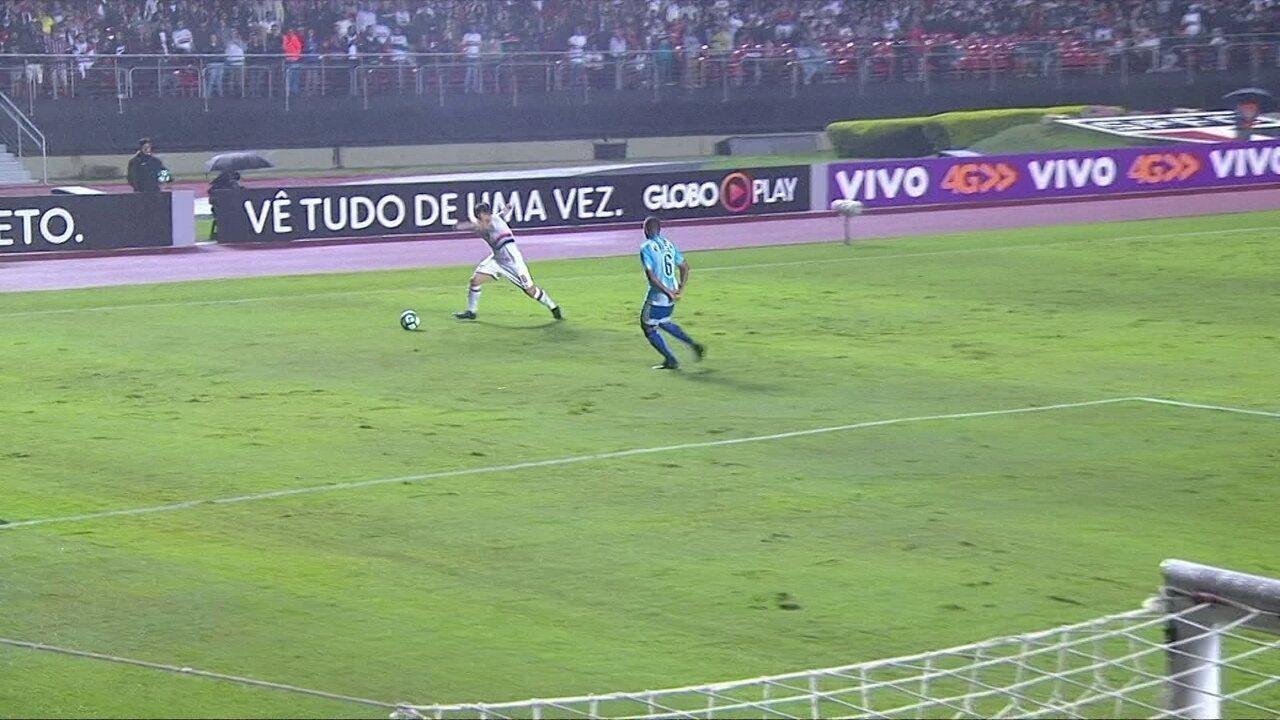 Melhores momentos de São Paulo 2 x 0 Avaí: Denilson se destacou em alguns lances