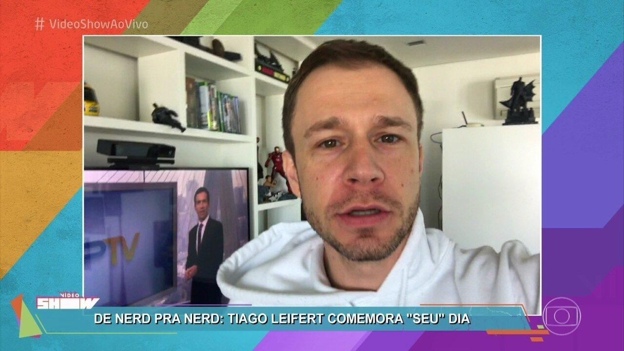 Tiago Leifert comemora o Dia do Orgulho Nerd