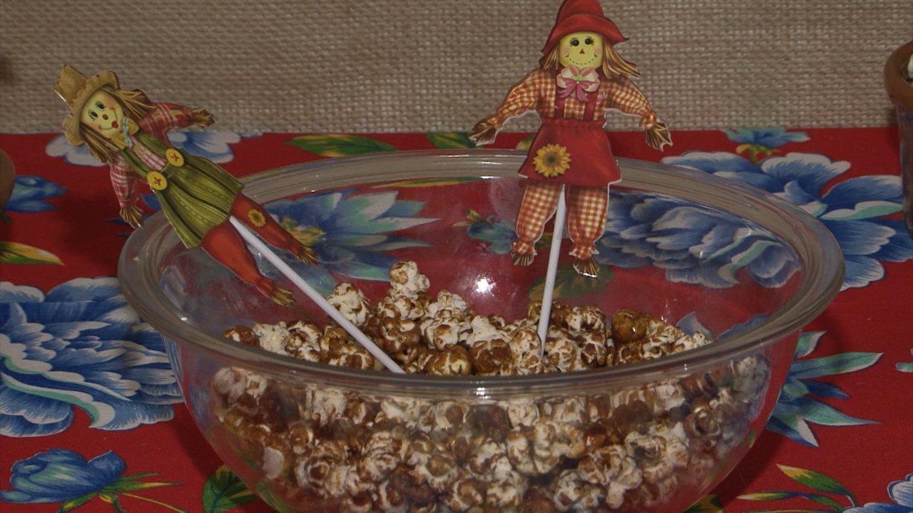 Receitas juninas: aprenda a fazer pipoca doce do sertão
