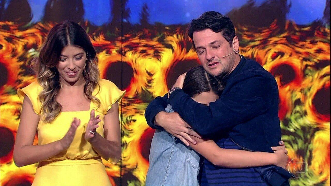 Marcelo Serrado se emociona ao ver seus filhos participarem do Show das Famílias