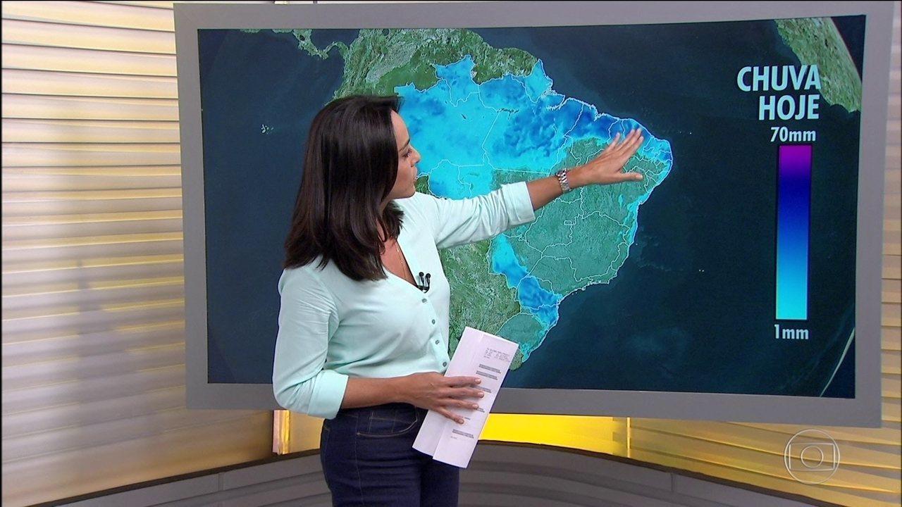 Previsão é de mais chuva na faixa leste do Nordeste