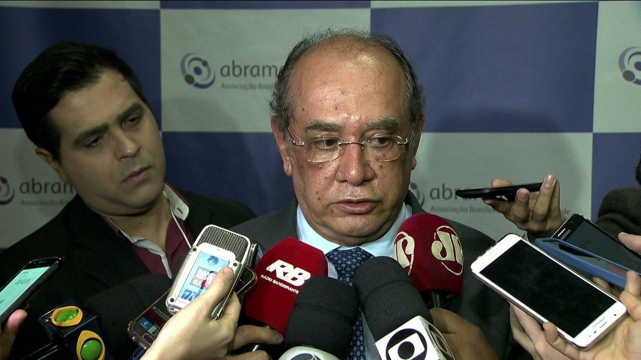 Ministro Gilmar Mendes diz que não cabe ao TSE resolver crise política
