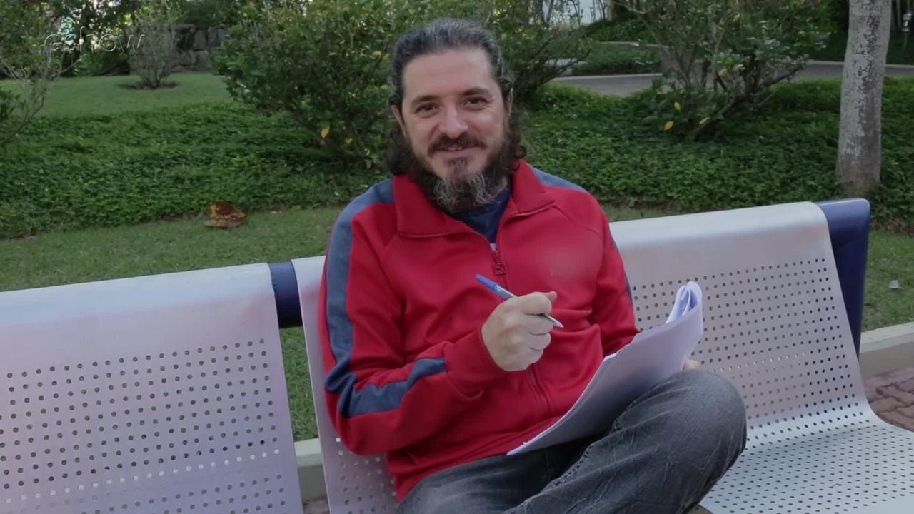 Guilherme Piva revela curiosidades sobre sua vida e carreira