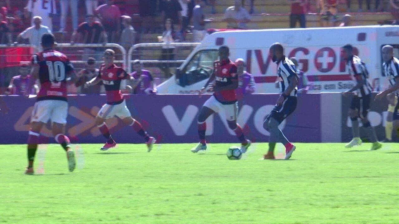 Melhores momentos de Flamengo 0 x 0 Botafogo pela 4ª rodada do Campeonato Brasileiro
