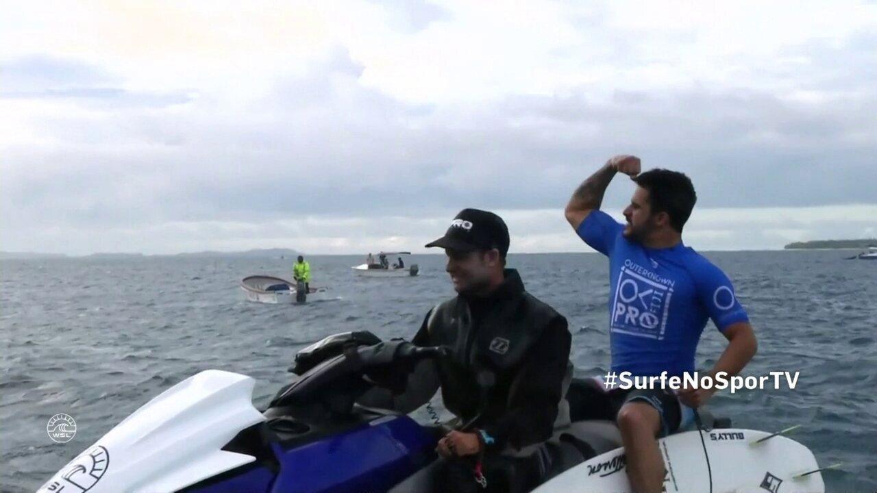 Medina dificulta, mas boa bateria de Ítalo Ferreira garante vitória em Fiji