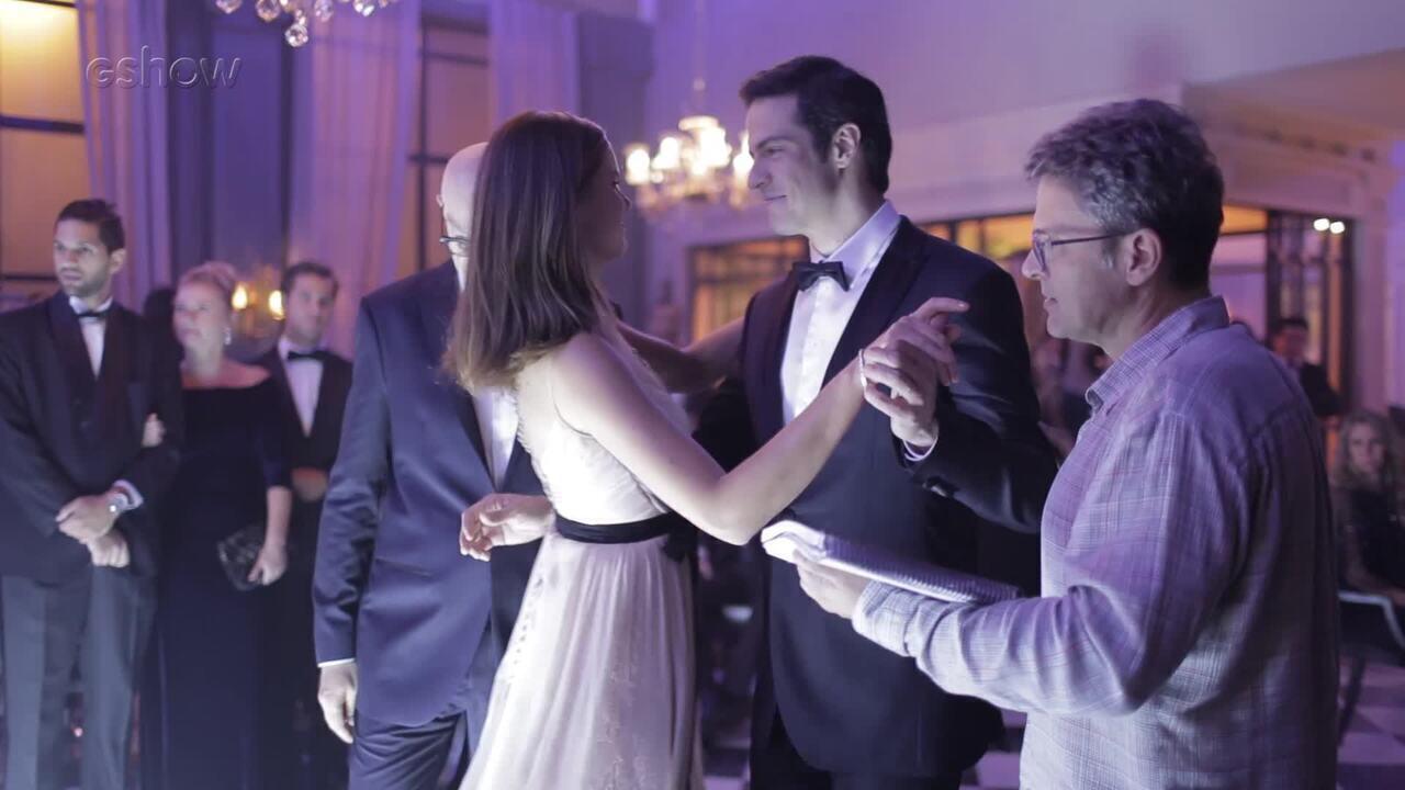 Confira os bastidores do baile de gala de Luiza Guimarães  ♥