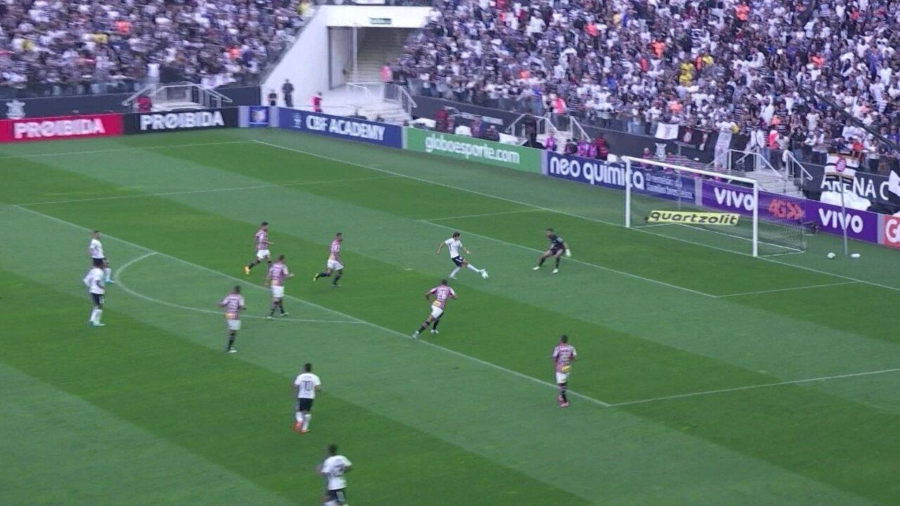 Corinthians 1 a 0: Romero é lançado por Marquinhos Gabriel e marca, aos 6' do 1º tempo