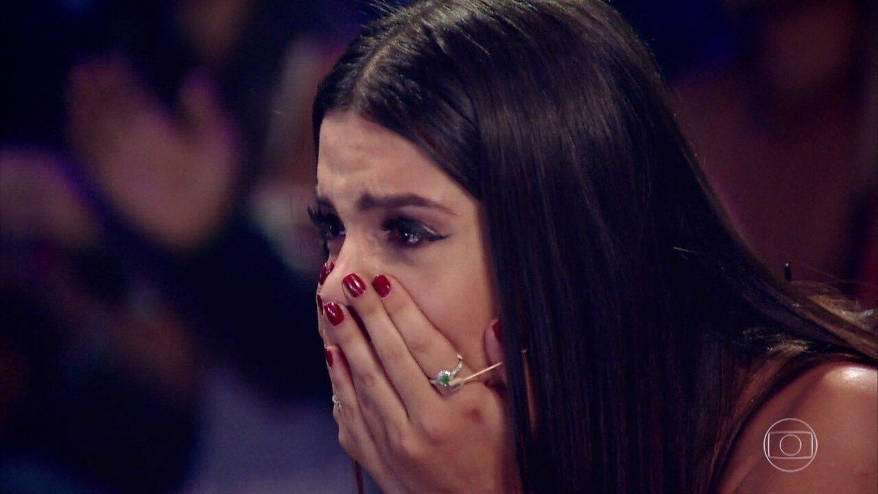 Homenagem para Giovanna Lancellotti tem música da dupla Sandy & Junior