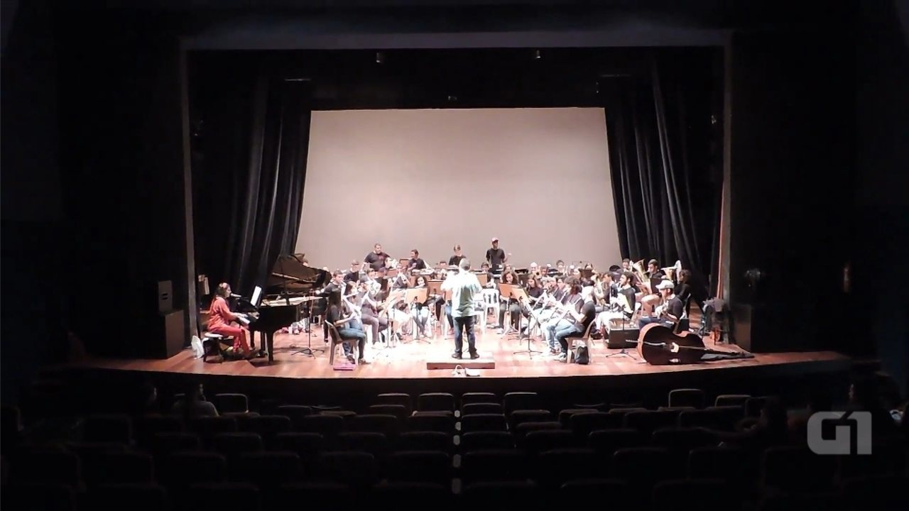 Projeto Guri de Bauru se apresenta com argentina Nora Sarmoria no Teatro Municipal