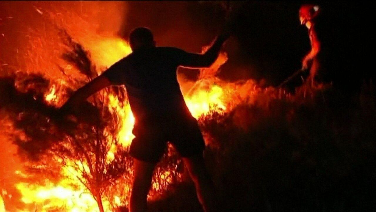 Incêndio florestal na Espanha deixa mais de 1,5 mil desalojados