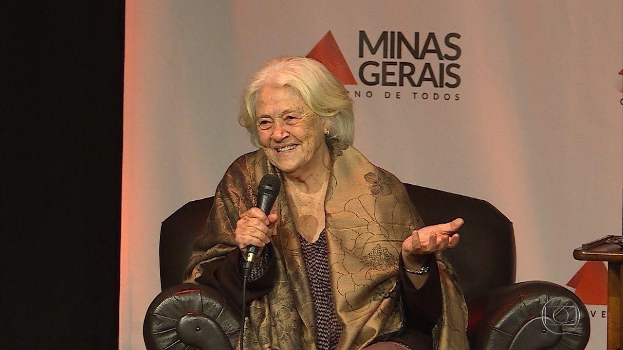Escritora Adélia Prado vence prêmio de literatura do governo de Minas Gerais