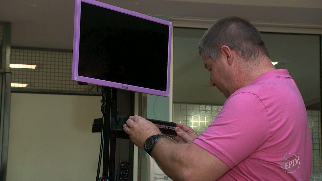 Família fez doações de TVs para hospital