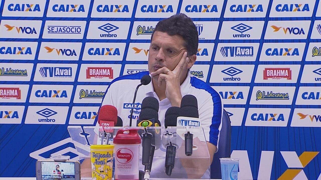 Confira a coletiva de Claudinei Oliveira após Avaí 0 x 0 Ponte Preta