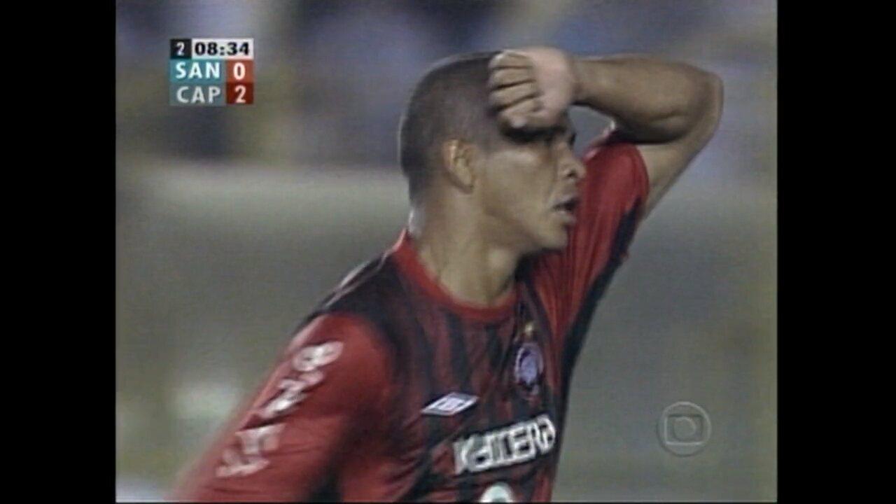 Relembre a vitória do Atlético-PR sobre o Santos, por 2 a 0, na Libertadores de 2005