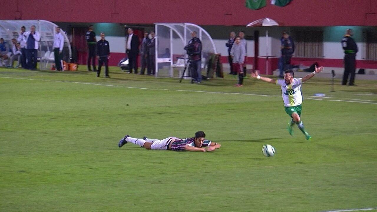 Melhores momentos  Fluminense 3 x 3 Chapecoense pela 11ª rodada do  Brasileirão f1024b8e575b8