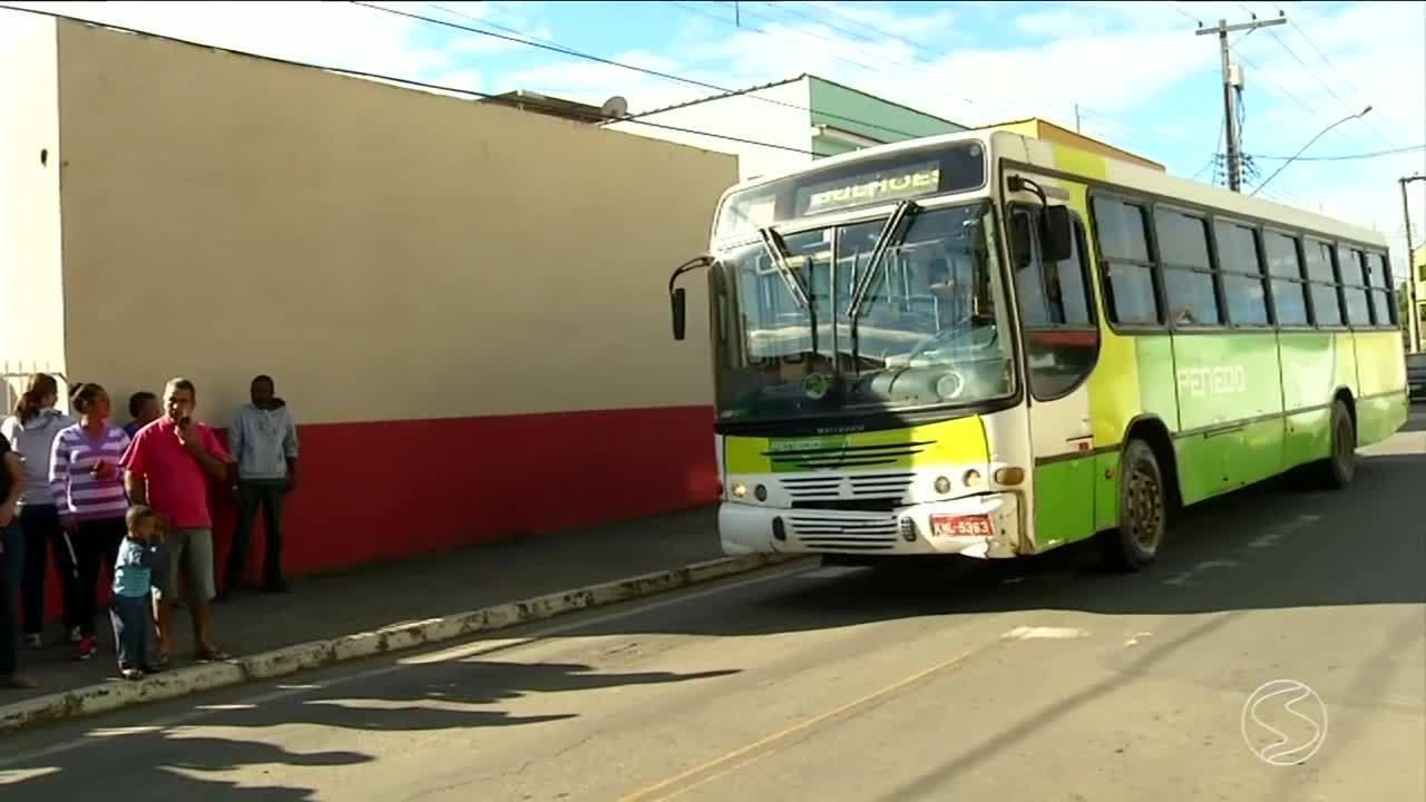 Moradores de Bulhões relatam falta de ônibus em Porto Real, RJ