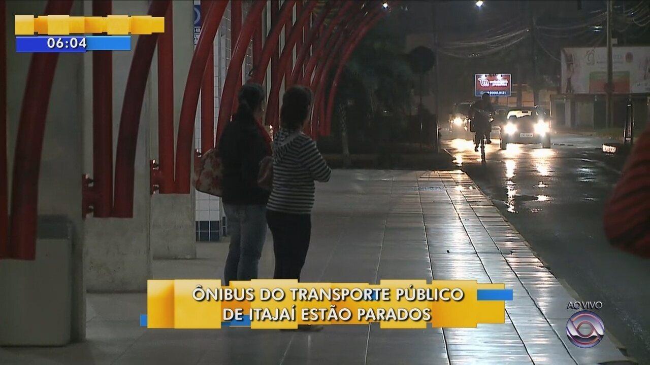 Motoristas e cobradores do transporte coletivo entram em greve em Itajaí